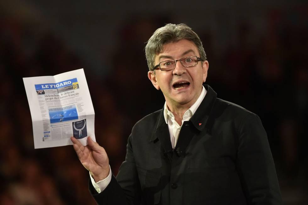 Mélenchon muestra en un mitin la portada de Le Figaro que lo acusa de chavista