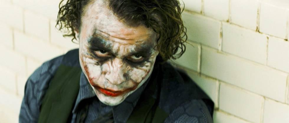 Heath Ledger, como el Joker.