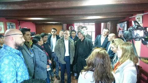 El defensor del Pueblo, David Tezanos Pinto, junto a los legisladores europeos