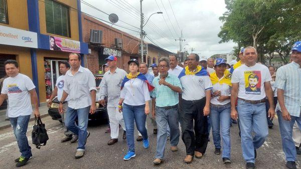 """Con la consigna """"La marcha del silencio por los caídos"""", se movilizan desde 20 puntos de Caracas para llegar a la Conferencia Episcopal (@LarissaGonzale6)"""