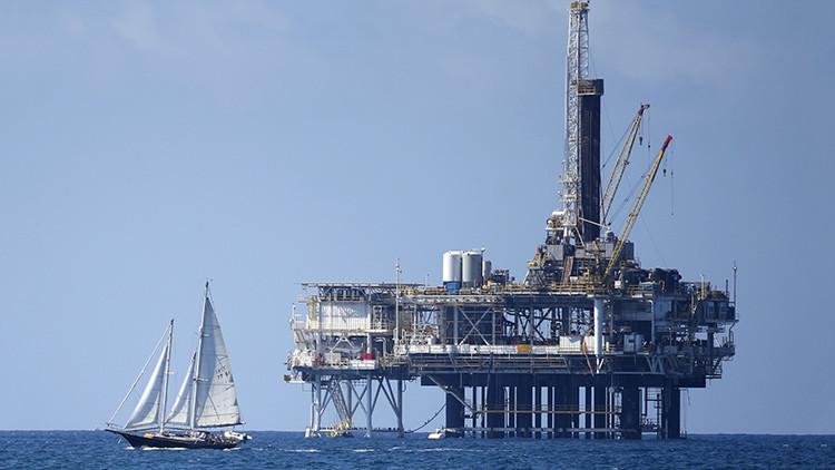 Trump publicará un decreto para permitir nuevos pozos de petróleo y gas en alta mar
