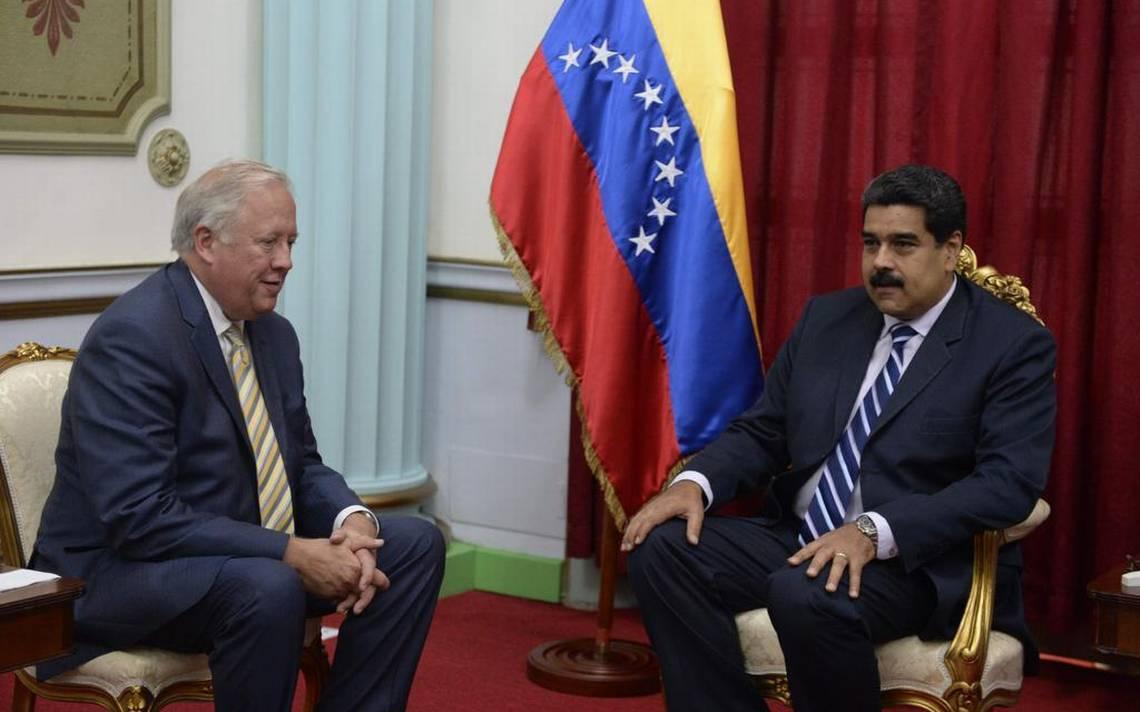 Sanciones al petróleo venezolano dividen a la Casa Blanca y al Departamento de Estado