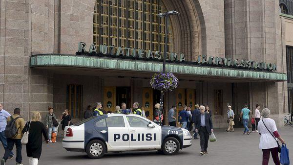 El sospechoso fue detenido, anunció la policía de Finlandia, precisando que buscaba a otros posibles sospechosos (AFP)