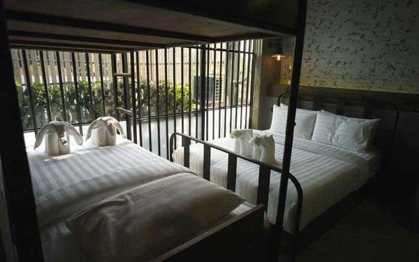 Bangkok, el centro del turismo tailandés, suma a sus atractivos este hotel extraño.