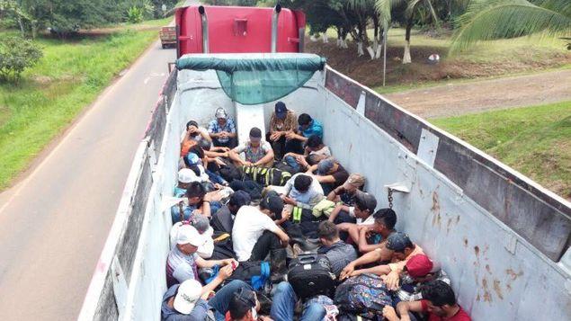 Muchos nicaragüenses ingresan a Costa Rica de forma irregular para trabajar en la producción agrícola. Foto/@D_Fronteras_CR