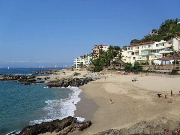 Puerto Vallarta, en Jalisco, es otro de los lugares vetados por el gobierno de EEUU. (Foto: Wikimedia)