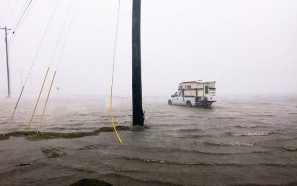 """Existe aún el riesgo de """"inundaciones catastróficas"""" (Reuters)"""
