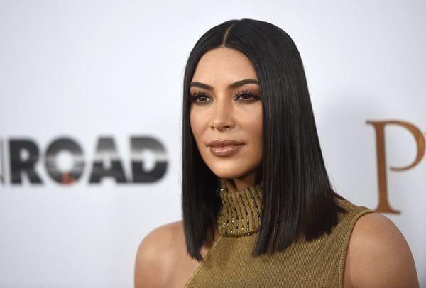 Kim Kardashian y su familia realizarondonación para ayudar avíctimas delHuracán Harvey (Foto Chris Pizzello/AP)