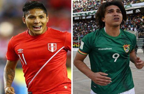 Raúl Ruidiaz (izq.) de la selección peruana y Marcelo Martins de la Verde