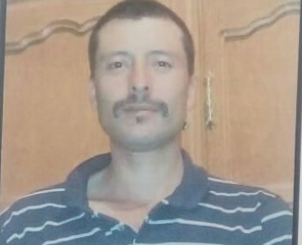 """Humberto Corral, el padre de la víctima, es buscado por las autoridades. Tiene serios problemas con la droga, el alcohol y dice que """"habla con el diablo"""""""