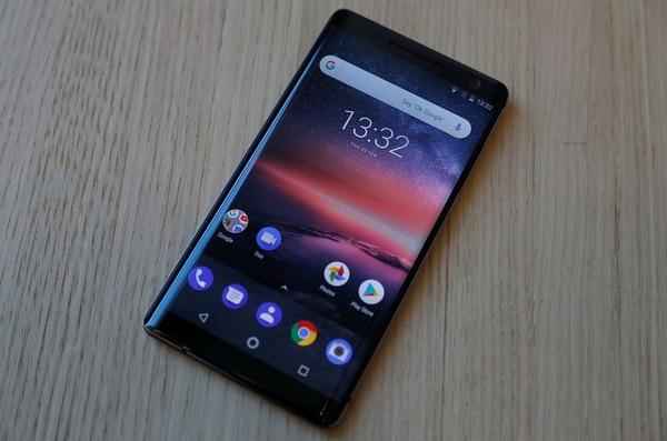 El Nokia 8 Siroccotiene una pantalla de 5,5 pulgadas (REUTERS/Peter Nicholls)