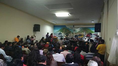 Asamblea de instituciones chuquisaqueñas en la sede del transporte pesado.