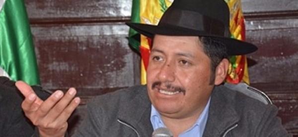 El gobernador de Chuquisaca, Esteban Urquizu. (Gobernación de Chuquisaca)