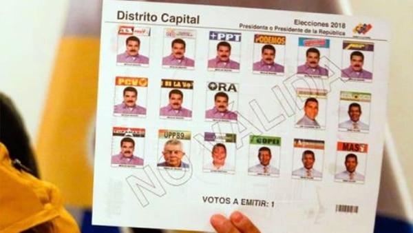 En el tarjetón electoral aparece hasta 10 veces el rostro de Nicolás Maduro (EFE)
