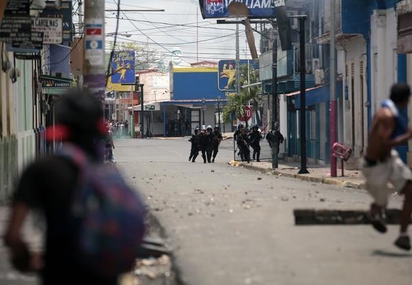 La salvaje represión de Ortega suma al menos 53 muertos en menos de un mes (AFP PHOTO / DIANA ULLOA/ Archivo)