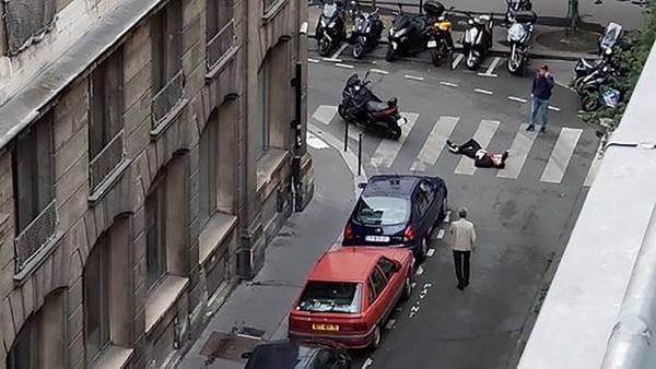 El ataque de ISIS tuvo lugar en el II distrito parisino, en el centro de la capital francesa (Twitter)