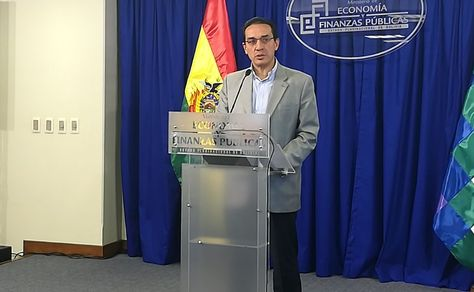 El ministro de Economía, Mario Guillén