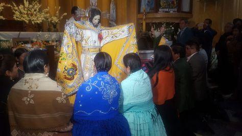 La imagen de Jesús del Gran Poder con su nuevo manto.