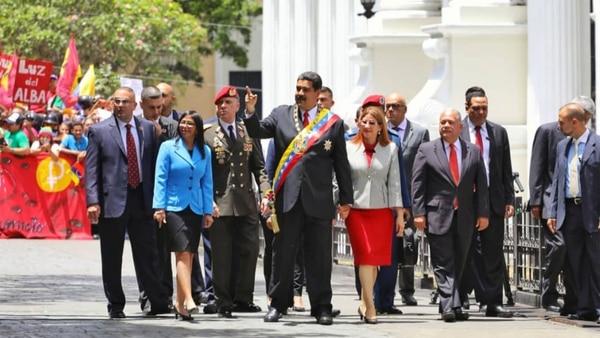 El dictador Nicolás Maduro tomó juramento ante la Asamblea Constituyente chavista
