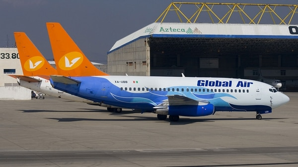 Aviones de Global Air (Imagen de archivo)
