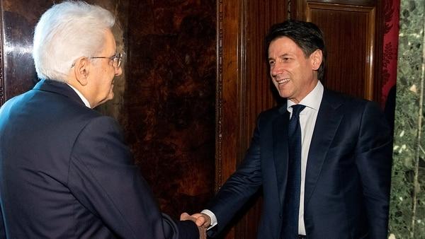 Mattarella le había encargado a Conte formar Gobierno en Italia (Reuters)