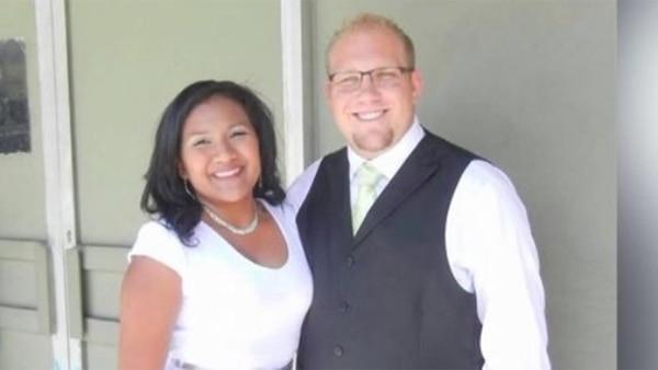 Holt y su esposa estuvieron casi dos años detenidos