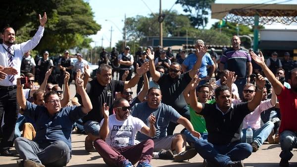 Comenzó la huelga de petroleros en Brasil tras el paro de los camioneros (EFE)