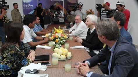 El presidente Evo Morales se reunió en Chimoré con la jefa de la misión parlamentaria Eliani Theocharous. Foto:Ministerio de Comunicación