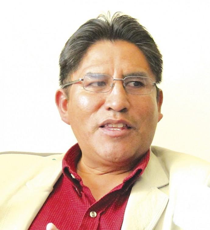 Ampliado en La Paz definirá a la acompañante de Patzi