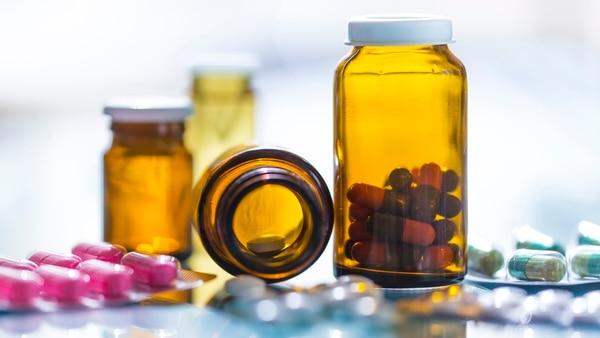 La utilización excesiva de antibióticos contribuye a ampliar la resistencia de bacterias a los medicamentos (Getty Images)
