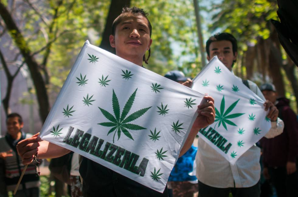 Manifestación a favor de la legalización de la marihuana en México.
