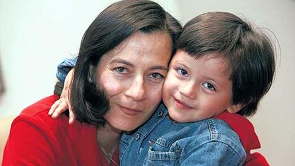 Clara y su hijo Emmanuel