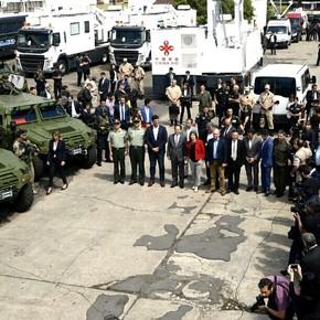 Un G20 con blindados y motos de China, helicópteros de Francia e Italia, lanchas israelíes y aviones de Estados Unidos