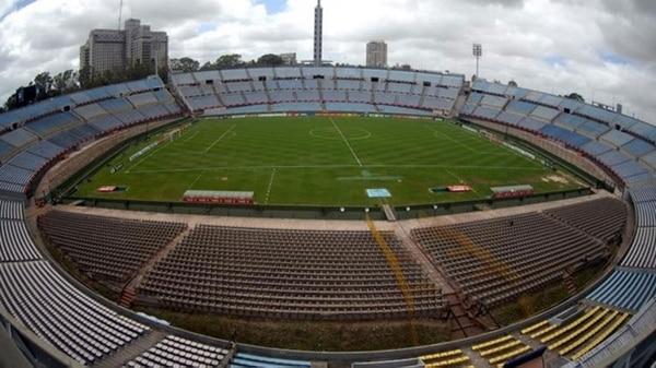 La última vez que un equipo uruguayo fue campeón de la Libertadores fue en el Estadio Centenario en 1988. Nacional le ganó a Newell's Old Boys de Rosario (EFE)