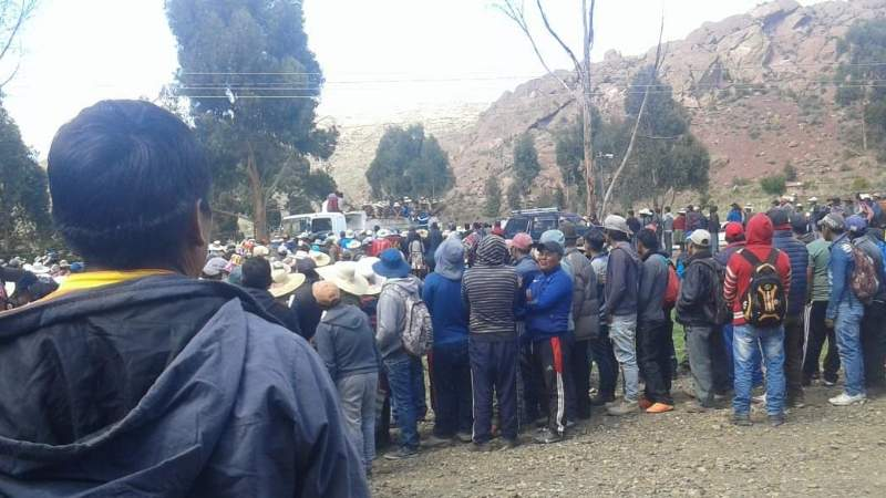Linchan y apedrean hasta la muerte a dos personas en Uncía