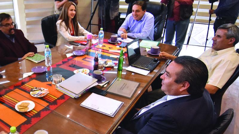 Empresarios plantean tope de Bs 4.120 para doble aguinaldo