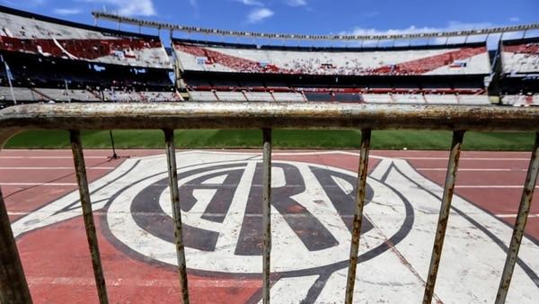 Los estadios argentinos están muy lejos a nivel estructura de los brasileños (Nicolás Aboaf)