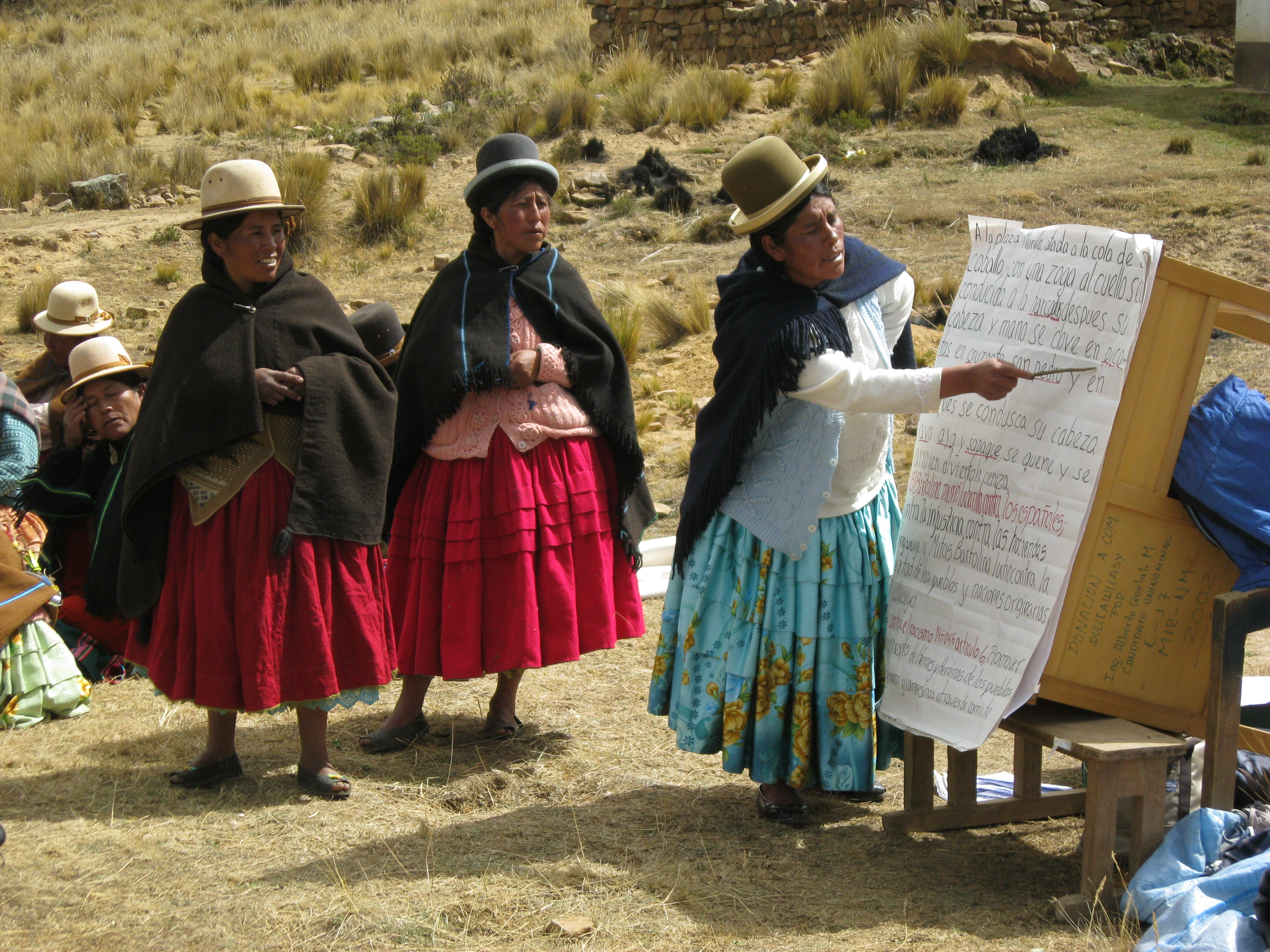 Resultado de imagen para violencia contra mujeres en áreas rurales de Bolivia