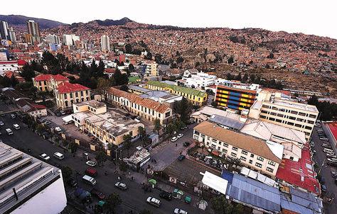 La Paz. El Complejo Hospitalario de Miraflores está conformado por siete nosocomios. Foto: Luis Gandarillas-Archivo