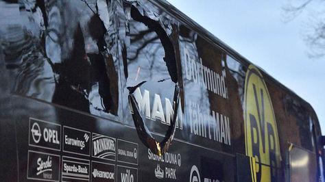 Así quedó el bus de Borussia Dortmund tras el atentado en 2017. Foto: AFP