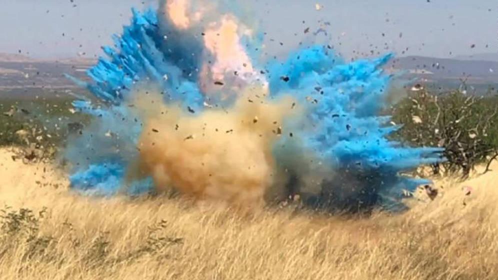 Foto: Además de confeti, la explosión provocó llamas que no pudieron controlar (Foto: YouTube)