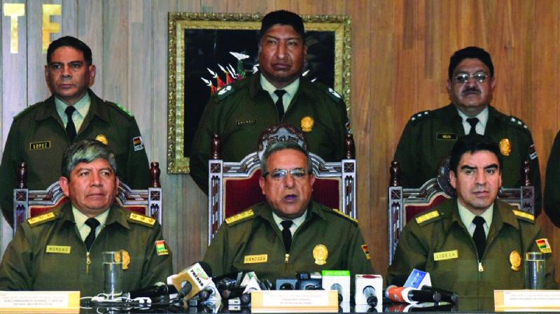 Audio revela 84 cuentas de la Policía para espiar a políticos y periodistas