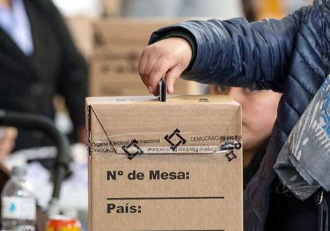 En adelante, los militantes de los partidos políticos elegirán por voto directo a sus binomios. Foto: Archivo-La Razón