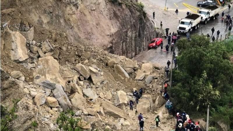 Un derrumbe corta el paso a Mallasa y a otras zonas del sur de La Paz