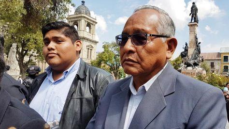 El cancidato a la Presidencia Víctor Hugo Cárdenas plantea la eliminación del doble aguinaldo. Foto: Ángel Guarachi