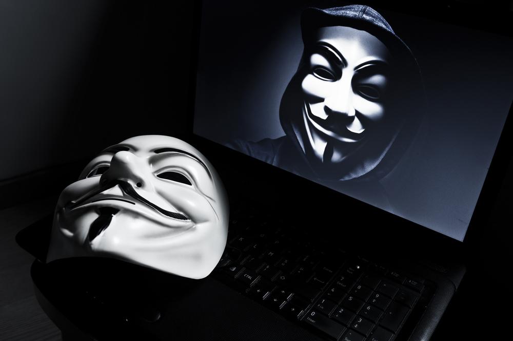 """Resultado de imagen para Anonymous advierte: """"Liberen a Assange o lo pagarán"""""""