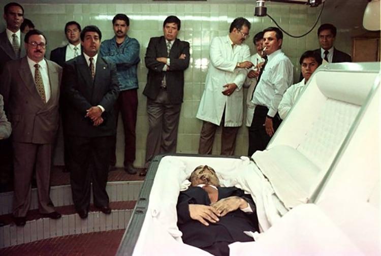El presunto cuerpo de Amado Carillo (Foto: Archivo)