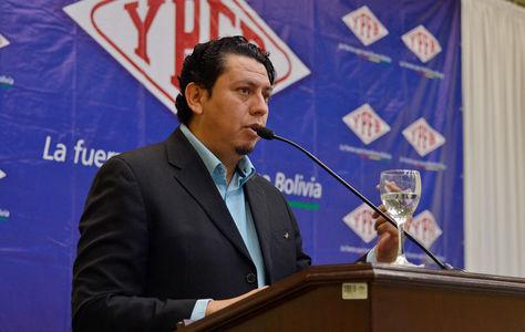 El presidente de YPFB, Óscar Barriga, durante un acto de la empresa petrolera. Foto: Archivo-La Razón