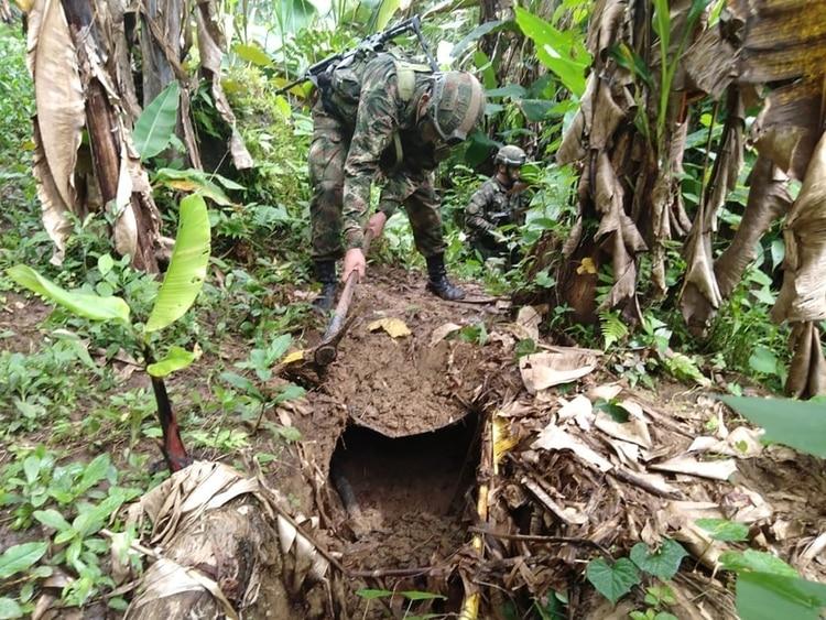 Laboratorio de procesamiento de cocaína incautado alas disidencias de las FARC en Nariño.