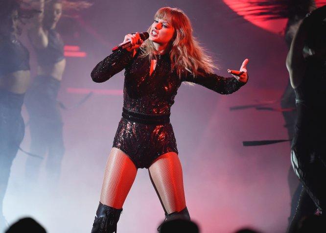 Taylor Swift es cantante, compositora, productora, filántropa y actriz. Originaria de Pensilvania, tiene casi 116 millones de seguidores en Instagram y ha convertido su voz en un altavoz contra el acoso.